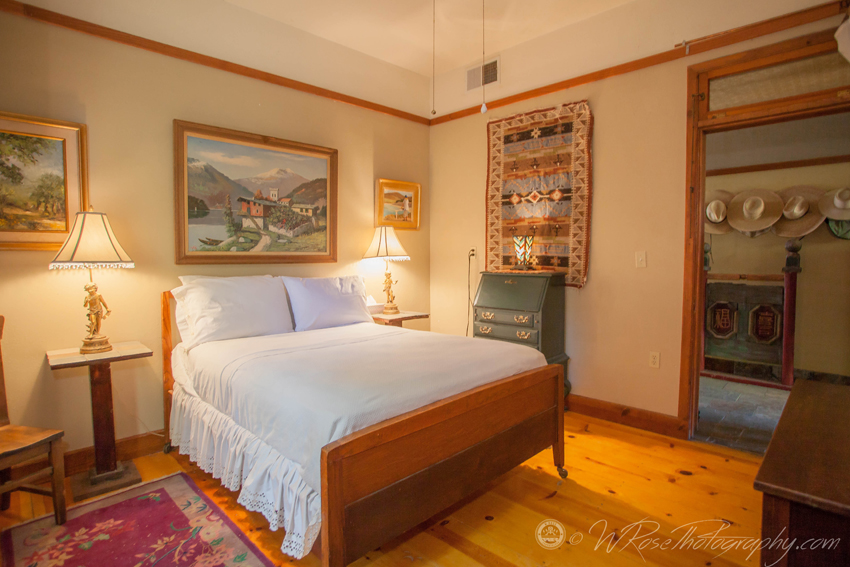 Simpson Hotel Garden Room